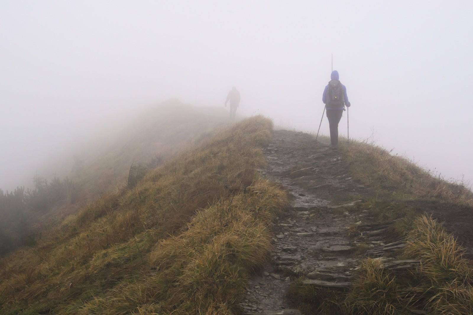 Na  hřebenu mezi vrcholy Sten