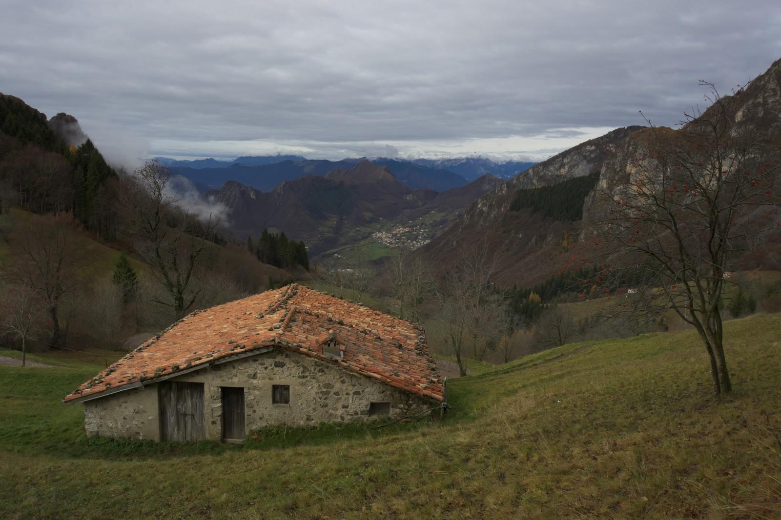 Výhled zpět do údolí