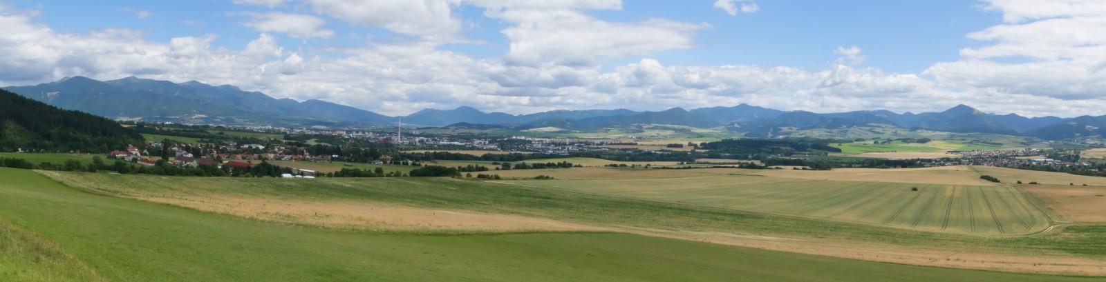 Výhled z rozhledny na Tankovej ceste